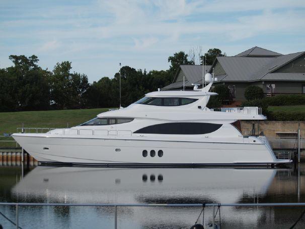 80 Hatteras Motor Yacht 2014